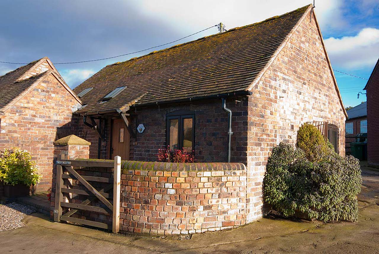 The Byre, cottage for couple near Ironbridge