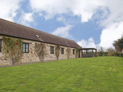Group accommodation near Ludlow
